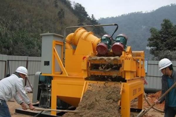 泥浆处理设备厂家谈钻井废弃泥浆的控制措施