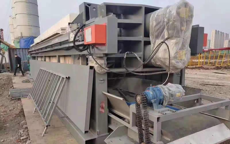 工地打桩泥浆废水处理全自动压滤机处理现场
