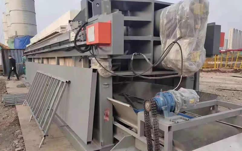 全自动压滤机处理现场
